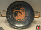 Thracian archer on a red-figured kylix (Museum of Amphipolis)